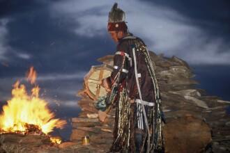 Șamanii au sacrificat 5 cămile într-un ritual străvechi pentru a spori puterea Rusiei