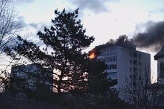 Moarte suspectă la Buzău. Ce au găsit polițiștii în apartamentul Valentinei, ars complet