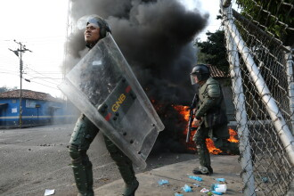 SUA anunţă o intervenţie în Venezuela. Pompeo:
