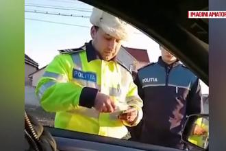 Ce au pățit doi bărbați după ce au pus pe Facebook un video cu polițiștii care i-au amendat