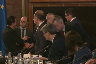 Avocatul Poporului s-a sesizat, după ce Guvernul a adoptat 25 de OUG într-o ședintă