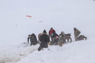 Cel puțin 39 de morți în urma avalanșelor din Turcia. Căutările continuă