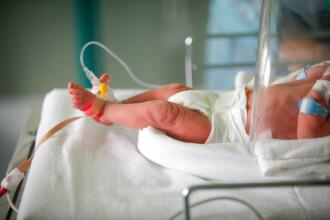 O femeie de 37 de ani a născut la Iași fără să știe că este gravidă. De ce chemase ambulanța