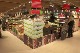 Legea care încurajează magazinele să doneze alimentele aproape de expirare