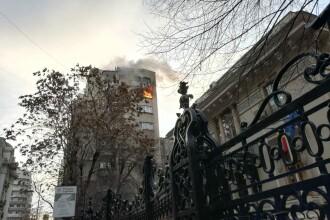 Incendiu într-un bloc din Capitală. O femeie de 85 de ani a decedat
