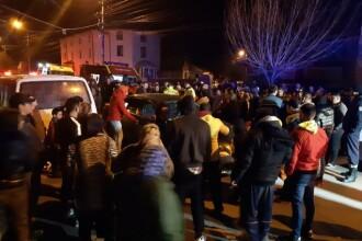 Cinci oameni spulberați de o șoferiță de 19 ani, imediat cum au ieșit din biserică