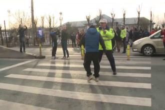 Protest pe DN1. Oamenii se plâng că au o singură trecere de pietoni pe o distanţă de 6 km