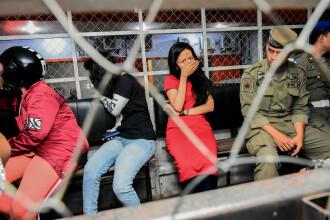"""Zeci de cupluri arestate de Valentine's Day: """"E o boală socială"""""""