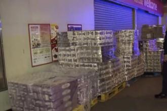 3 bărbați înarmați au furat dintr-un magazin din Hong-Kong 600 de role de hârtie igienică