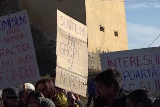 Proteste într-o comună din Mureș. Oamenii sunt exasperați de starea drumurilor