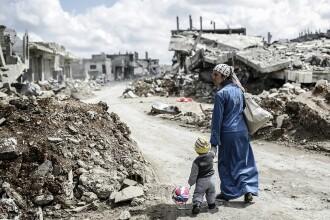 """ONU: Peste 900.000 de sirieni, obligați să-și părăsească locuințele. """"Sunt traumatizați"""""""