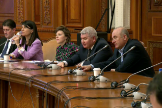 """Dialog halucinant în Parlament: """"Aveți vreo problemă? Da. Duceți-vă și căutați-vă"""""""