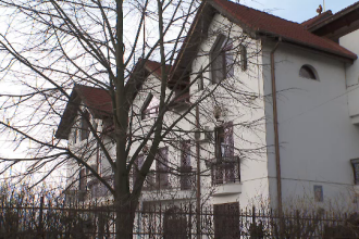 Cum arată casa de 365 de mp în care Mircea Beuran stă în arest la domiciliu