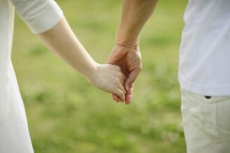 Doi frați din Iași s-au căsătorit și au făcut 5 copii. Acum sunt anchetați pentru incest