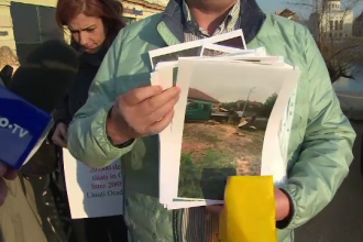 """Protest în Oradea, din cauza defrișărilor de pe malul Crișului. """"Se igienizează cu drujba"""""""