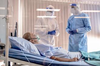 Cinci dintre pacienții transferați de la Matei Balș în urma incendiului sunt în stare gravă