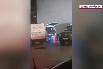Patru bărbați care au furat electrocasnice și gadgeturi din magazine au fost reținuți