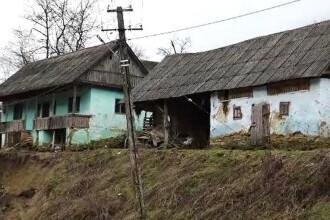 Mai multe localități din Bistrița-Năsăud, grav afectate de inundații. Oamenii se tem să mai intre în case