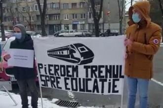Proteste în mai multe orașe din țară, împotriva eliminării gratuității la tren pentru studenți