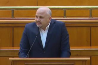 Emanuel Ungureanu (USR), către PSD: Din cauza voastră ard spitalele!