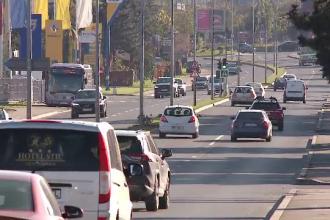 Zeci de persoane ar fi luat credite pentru autoturisme cu acte false. Prejudiciu de 2 milioane de lei