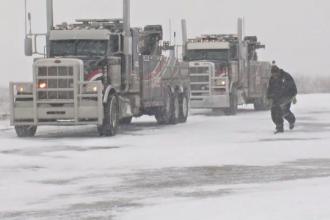 Cea mai grea iarnă din SUA din ultimii 30 de ani. Zeci de oameni au murit, milioane au rămas în frig