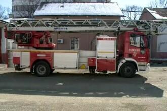 Șeful pompierilor din Constanța: Autoscara a plecat la 5 minute după ce femeia a căzut