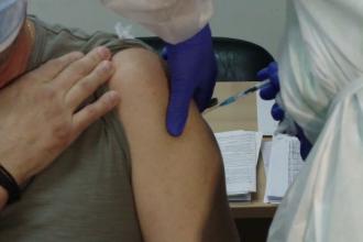 Explicațiile autorităților cu privire la prima reacție severă la vaccinul Pfizer