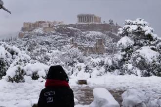 Val de frig în mai multe țări ale lumii. Acropole sub zăpadă și ninsori abundente în Libia