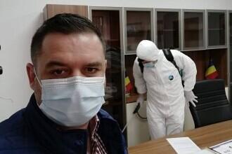 Un primar din Buzău susține că a fost bătut de fostul edil. A ajuns la spital cu traumatism cranian