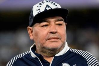 Fosta soţie a lui Maradona susţine că acesta a fost sechestrat de avocatul său