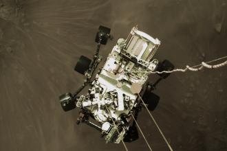 Ce se vede în primele fotografii trimise de robotul Perseverance de pe Marte către Pământ