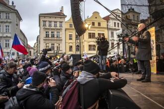 Fostul președintele ceh Vaclav Klaus, infectat cu coronavirus după ce a refuzat constant să poarte mască