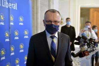 """Ștacheta """"trebuie coborâtă inteligent"""" la examenele naționale după pandemie, crede Sorin Cîmpeanu"""