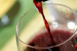 CSID: Alcoolul creste riscul de cancer