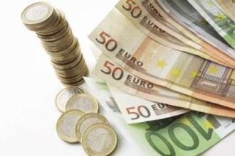 Leul incepe cu dreptul saptamana: s-a apreciat usor fata de euro