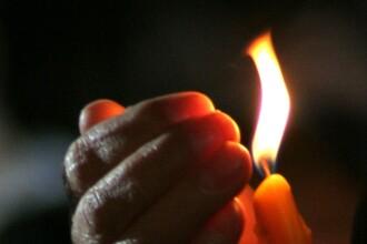 Luminatia, sarbatoarea care a transformat cimitirele in oaze de lumina