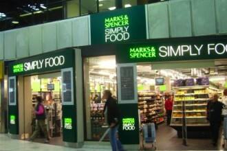Marks&Spencer inchide magazine si concediaza angajati