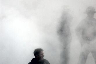 Incendiu puternic la o fabrica de prelucrare a deseurilor textile din Lupeni