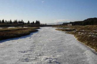 Atentionare hidrologica de inghet pentru mai multe rauri