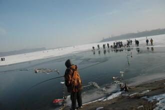 Dosare penale si amenzi pentru pescuit ilicit