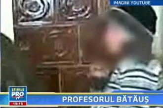 Un profesor si-a batut elevul pana l-au durut palmele!