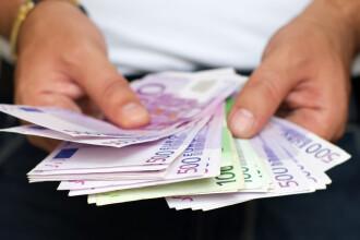 Leul, stabil fata de euro! Cursul oscileaza intre 4,30 - 4,31 lei/euro