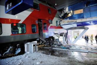 Un tren s-a izbit de cladirea unei gari! I-au cedat franele