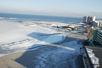 Fenomen neobisnuit la Marea Neagra: plaja cat pe ce inghita de ape!