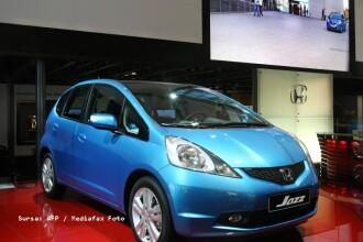 Honda a rechemat in service-uri 640.000 de masini