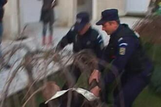 Fosti militari versus jandarmi. Un pensionar a fost amendat. Video