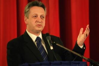 Fenechiu: Daca mai multi romani spun ca nu va fi demis Basescu, imi dau demisia din functiile PNL