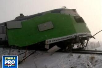Autobuz rupt in doua de tren. Miraculos, pasagerii au scapat cu viata