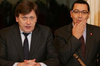 Basescu: Antonescu si Ponta, doi bebelusi din punct de vedere al intelegerii statului democratic